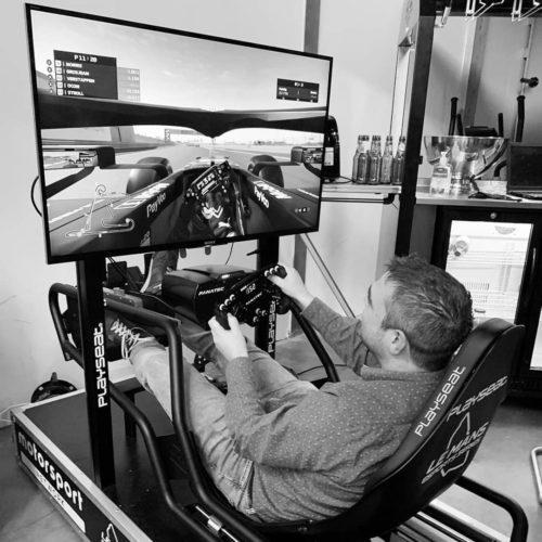 F1 Simulator in actie op locatie